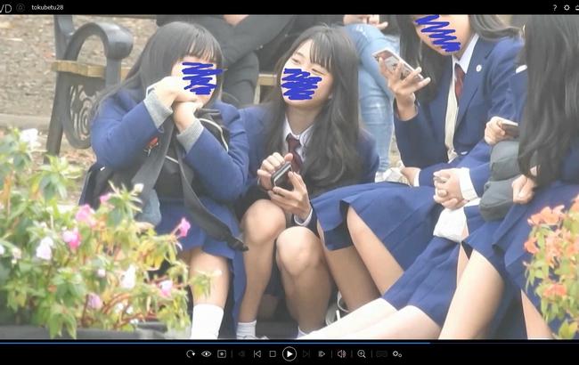 pcolle yuki ありえへん!!集団の中でSSS級美少女を発見!!(FHD)純白パンチラのCちゃん!!大変です!!パンツが見えてますよ特別編28