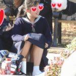 【Pcolle YUKIさん レビュー】ありえへん!!集団の中でSSS級美少女を発見!!(FHD)純白パンチラのCちゃん!!大変です!!パンツが見えてますよ特別編28