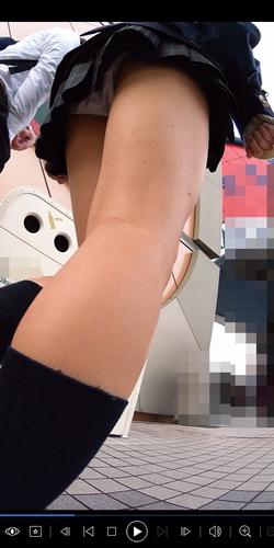 pcolle パンチラえんじぇる JKフルHD高画質パンチラ逆さ撮り 022【特典付き】堀〇真希!?スクールカースト最上位!陽キャ美少女の純白!