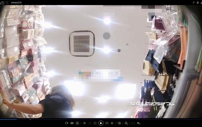 pcolle 名無しの盗撮師 #235∂もろ見え棚下ぱんちら②カメ撮り!!&柄ぱんガール∂