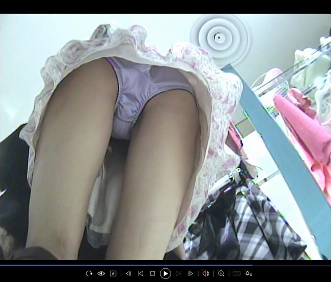 pcolle コモン ショップ店員さんのパンチラ04 薄紫サテンパンツ